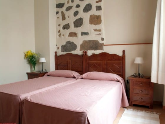 Casa-Rural-Dona-Margarita-bedroom-1